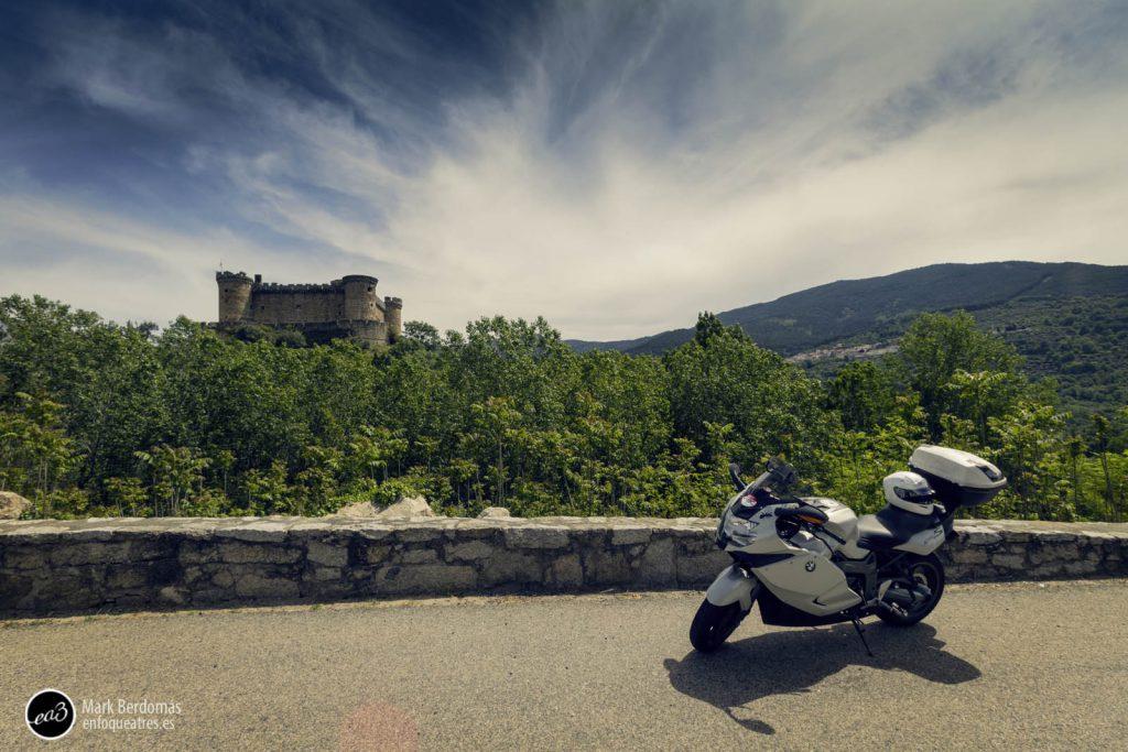 Parada en el castillo de Mombeltrán