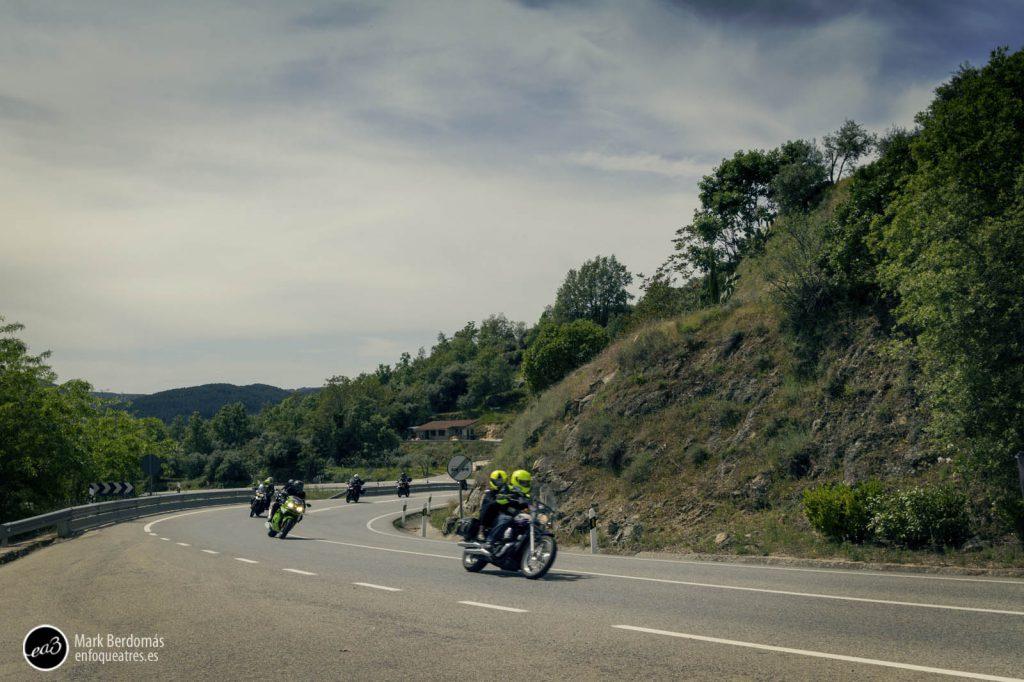 El paso de las motos por el castillo de Mombeltrán 2