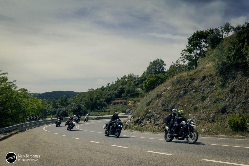 El paso de las motos por el castillo de Mombeltrán 4